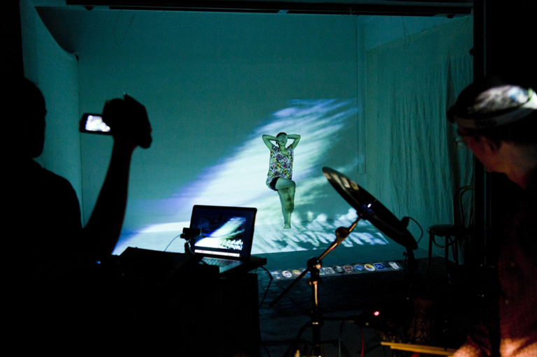 Live painting : Walter Padao, Electronics, Percussion: Frank Oehlmann, Photographer: Eric Alexander